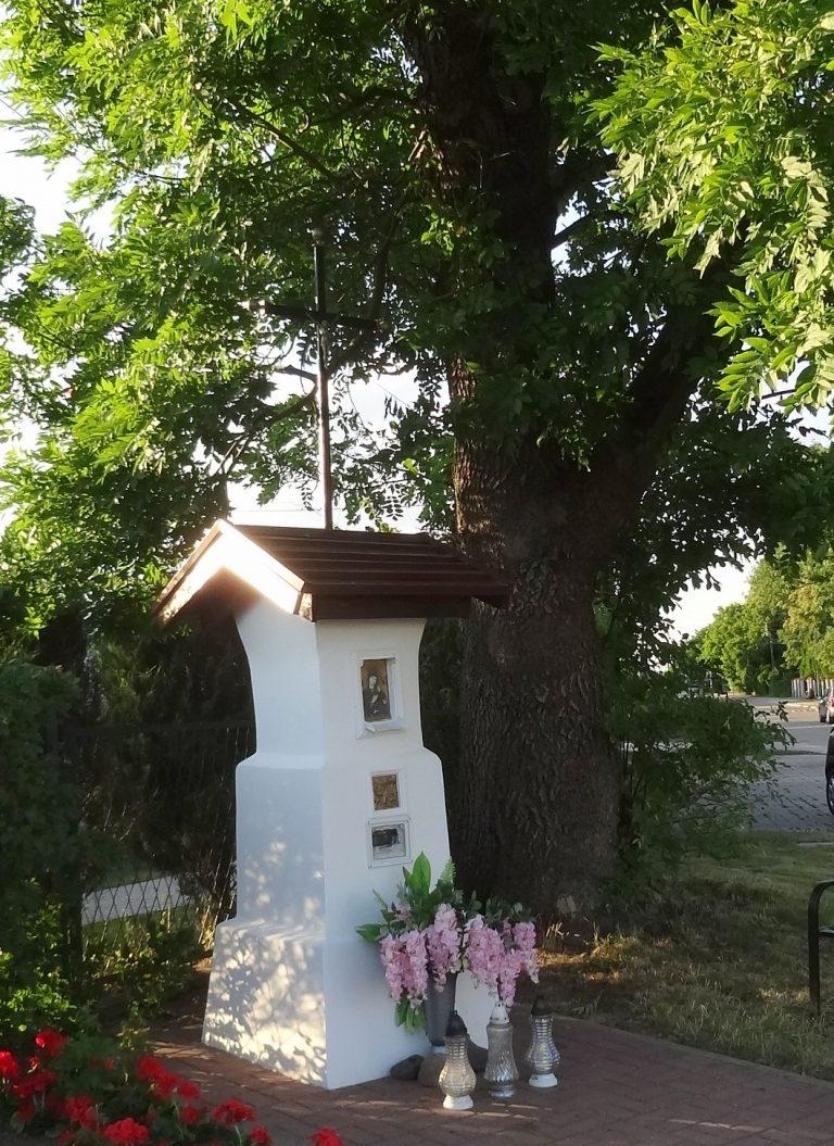 Kapliczka Modlitwa Chrystusa wOgrójcu – róg Mazowieckiej iJana Zamoyskiego