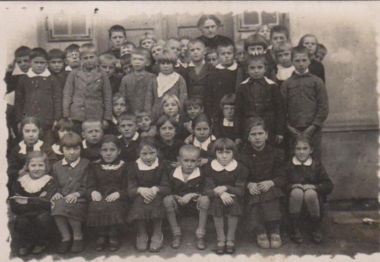 WSzkole Podstawowej 1938-1944