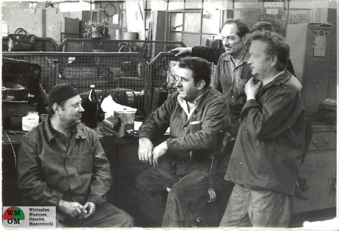 Warsztat remontowo-mechaniczny Fabryki Kabli. Zdjęcie zrobione 18 sierpnia 1980 roku. Zezbiorów Waldemara Pacholskiego.