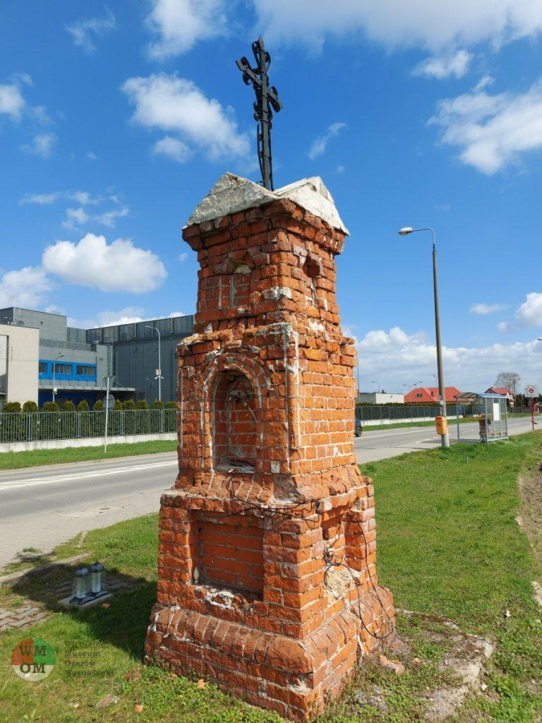 Kapliczka wWieruchowie – Piotrkówku Dużym